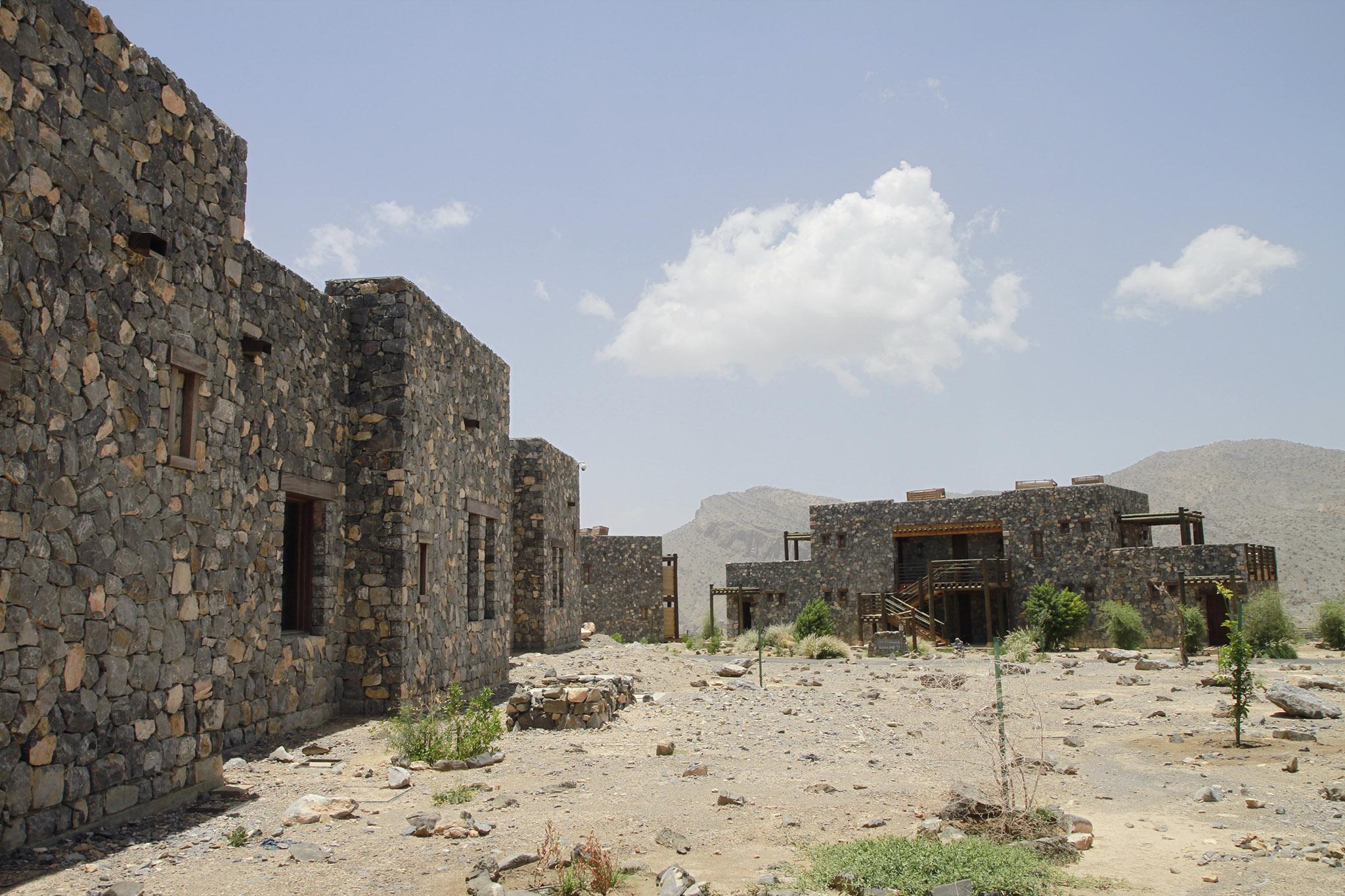 2017-04-Alila-Jabal-Akhdar - alila-jabal-akhdar-oman-nectarandpulse-architecture-1.jpg