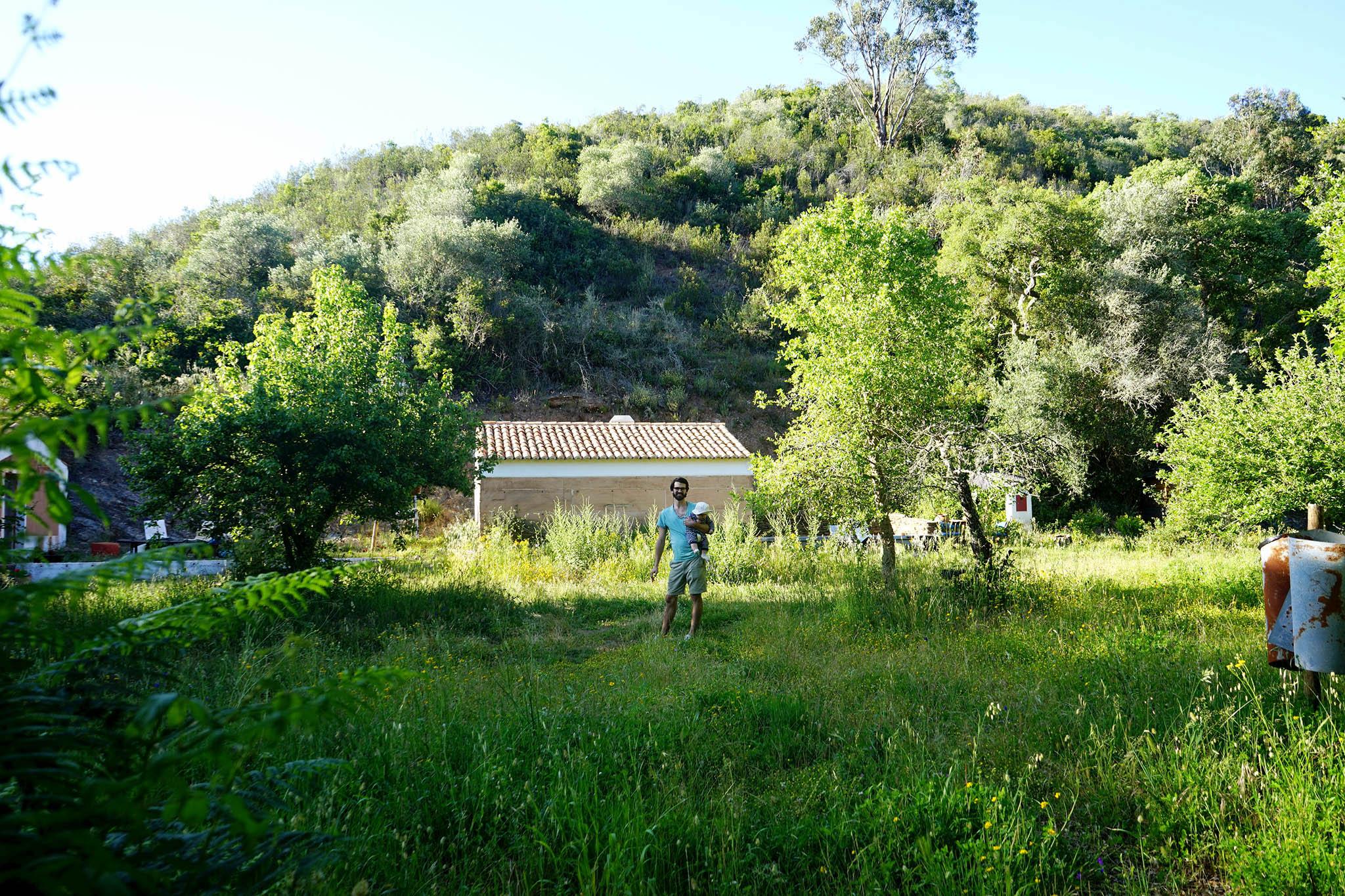 2017-04-Casas-da-Cerca-Portugal - casas-da-cerca-portugal-nectarandpulse-garden-2.jpg